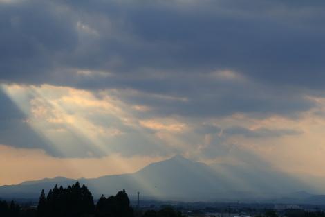 霧島山シルエットIMG_0529.JPG