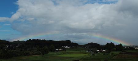 B_005396虹.JPG
